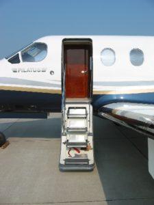side view of Pilatus PC-12